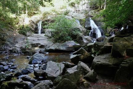 cascade de la Pisserotte (Arfeuilles 03)